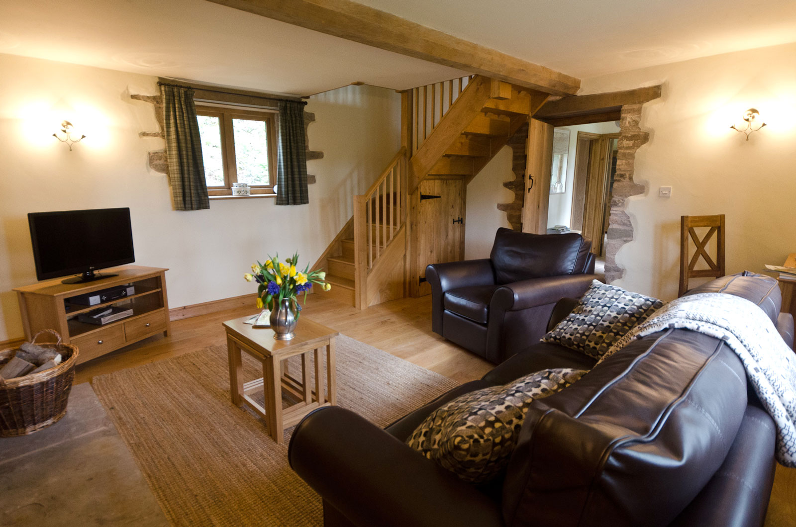Beautifully appointed living room with TV, DVD, WiFi & wood burner