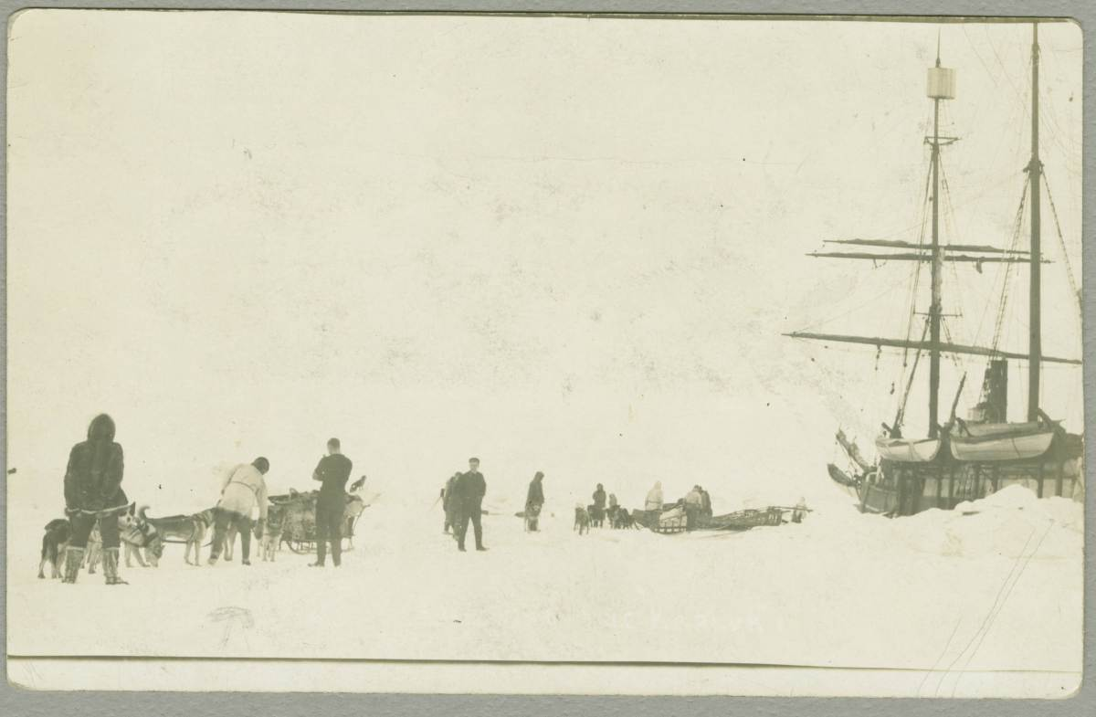 Setting out from ship (Stefansson Expedition 1913-16)