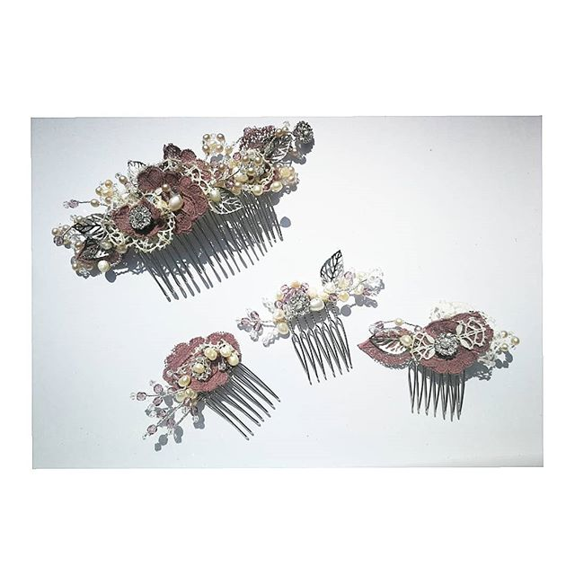 💮 A bridal hair comb and a set of three for the bridesmaid for a Norfolk bride getting married at Kimberly Hall...Vintage hand dyed dusky pink lace with silver leaves, dusky pink crystals, pearls and lots more details! 💮 . . . . #norfolkbride #norfolkwedding #bridalcouture #bridesmaids #photooftheday #accessories #bespoke #commission #alternativebride #bohemian #vintagelook #bohobride #hairpiece #tribenorfolk #handmadejewelry #haircrown #haircombs #norfolkbride #dressingup #occaisionwear #fashion #millinery #millinerydesign #lovesparkle #headband #alternativewedding #fashionflair #fascinator #hat #photoshoot #crystalhairpiece