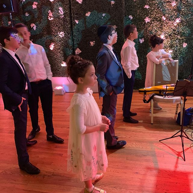 I adore how the stage collects children. #simcha #weddinggig