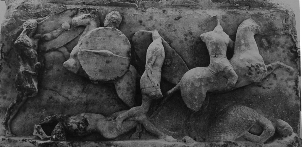 Another scene from the Aemilius Paullus monument, showing Roman and Macedonian soldiers distinguishable by their shields and other equipment.