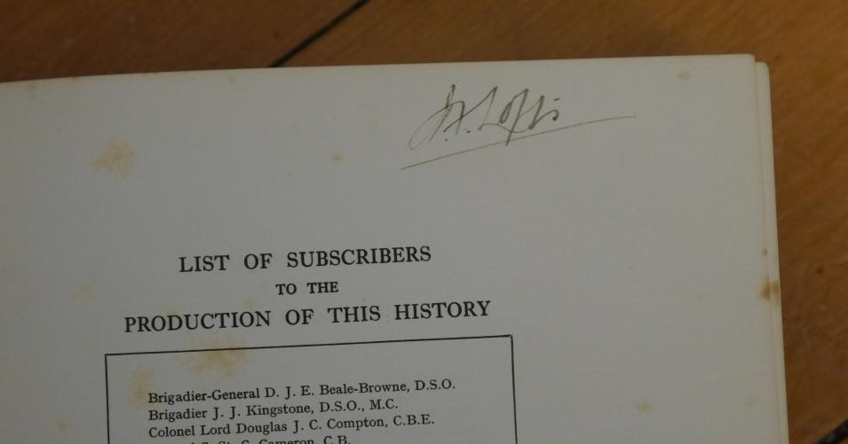 Lofty signature.JPG