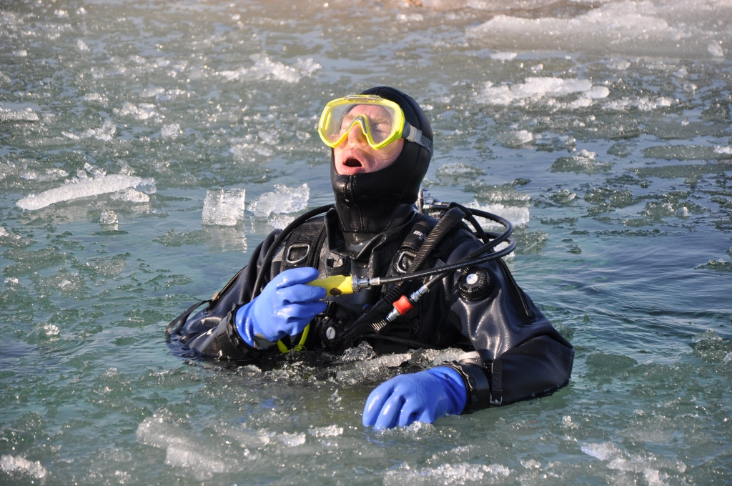 David Gibbins ice surfacing compressed 1.jpg