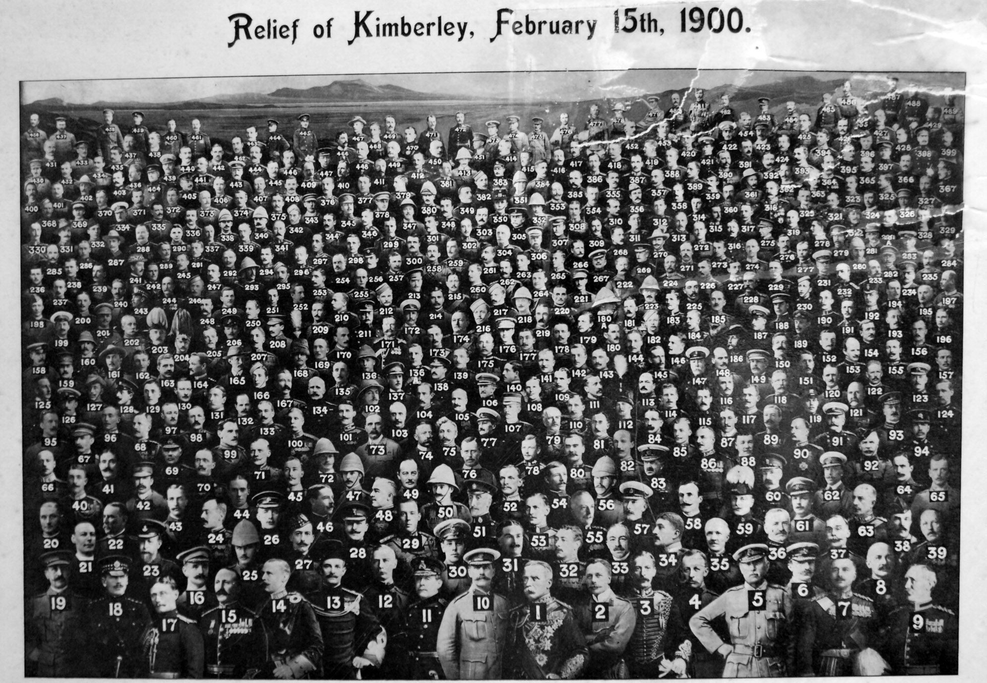 This image and the close-up below shows almost 500 officers present at the Relief of Kimberley. Captain E.R. Gordon is identified in the caption as No. 167. Several copies of this photomontage are known to exist (family collection).