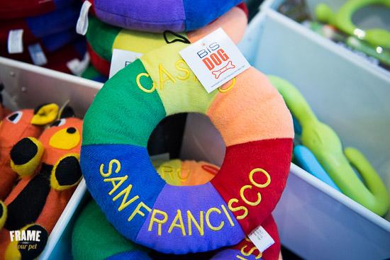 rainbow-donut-pet-toy-squeeker