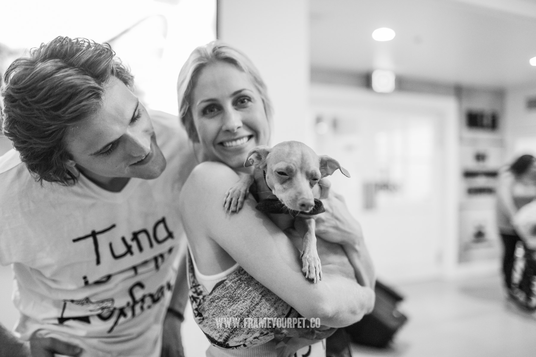 tuna-the-dog-NKLA-frame-your-pet-18.jpg