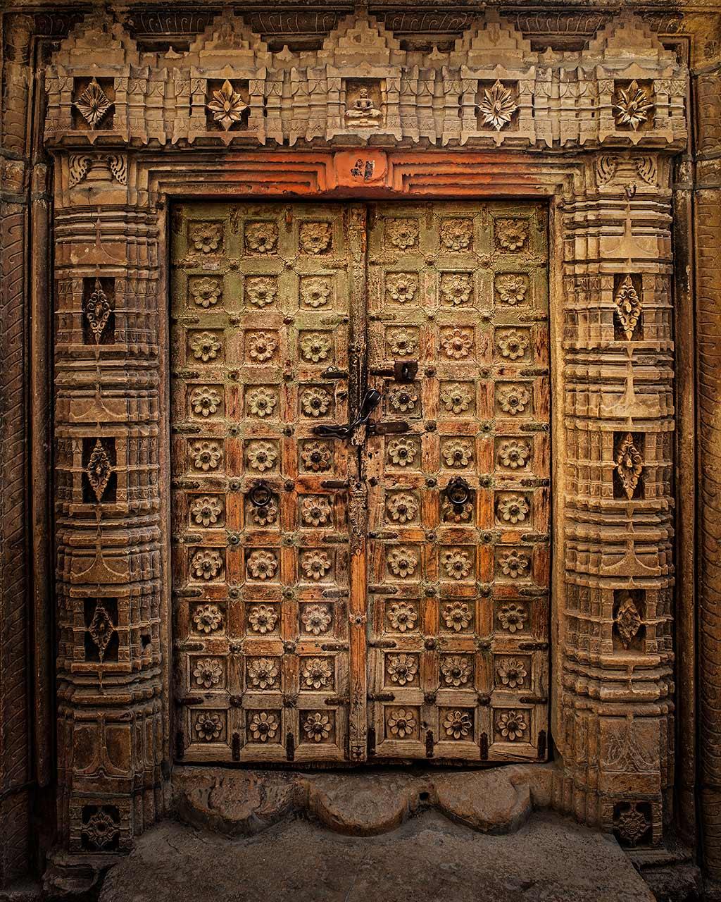 Door of Flowers