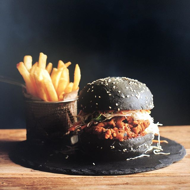On set today with Brooke @zeusproductions_au for @bankweststadium  shooting food for Bankwest Stadium and ANZ Stadium #foodphotography #foodporn #foodie #chickenburger #koreanburger #burger #blacksesame