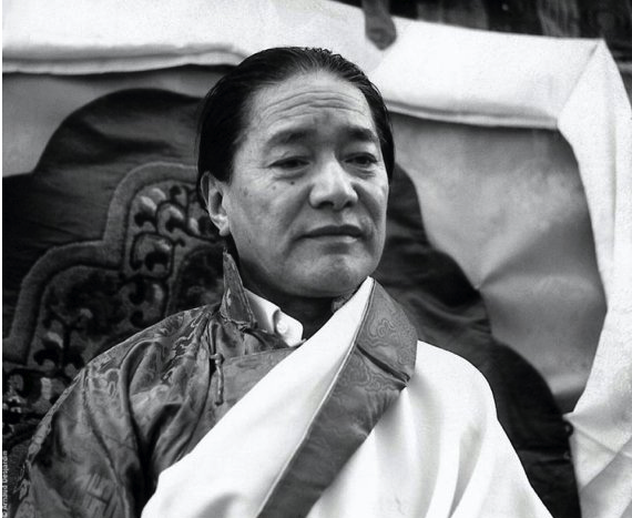 H.H. Dudjom Rinpoche