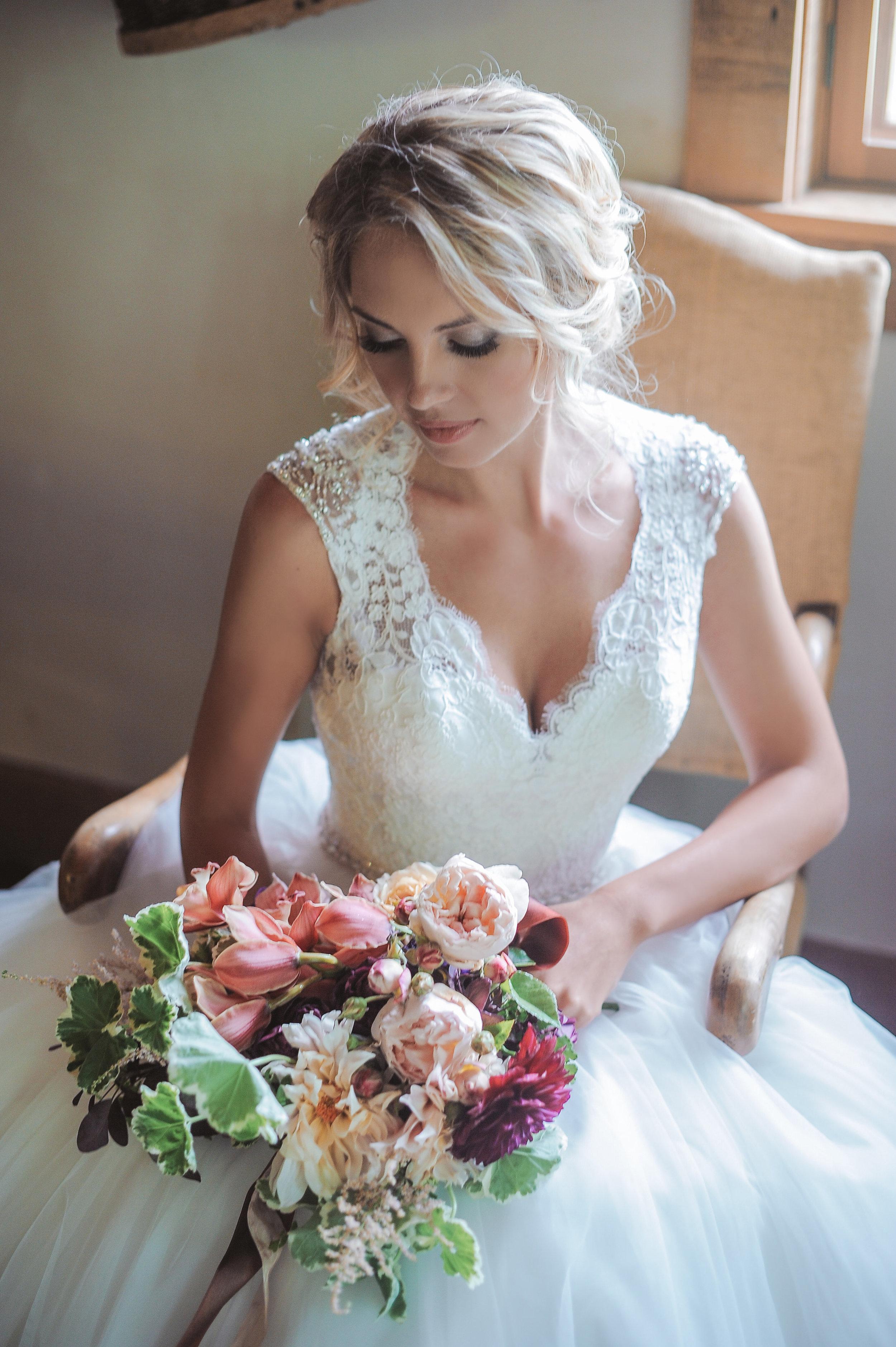 N K wedding-1 Getting Ready-0176.jpg