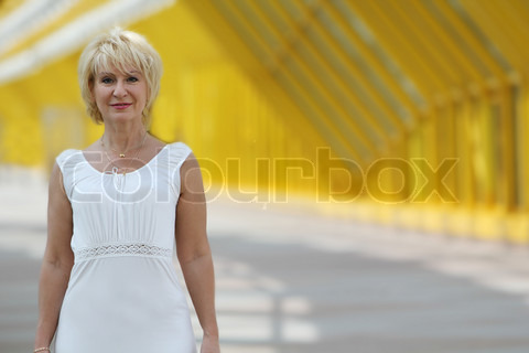 4650557-962033-street-portrait-of-attractive-middle-aged-woman.jpg