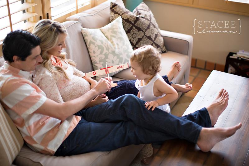 Lifestyle-Maternity-Photography-Orange-County-Maternity-Photography-San-Juan-Capistrano-Maternity-Photography-In-Home-Maternity-Photography-Boudoir-Maternity-Photography-007.jpg