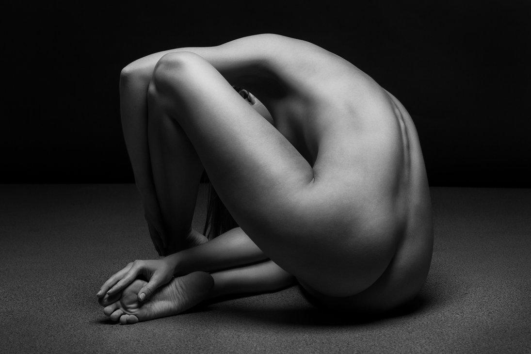 bodyscape_by_belovodchenko-d8hp2n9.jpg