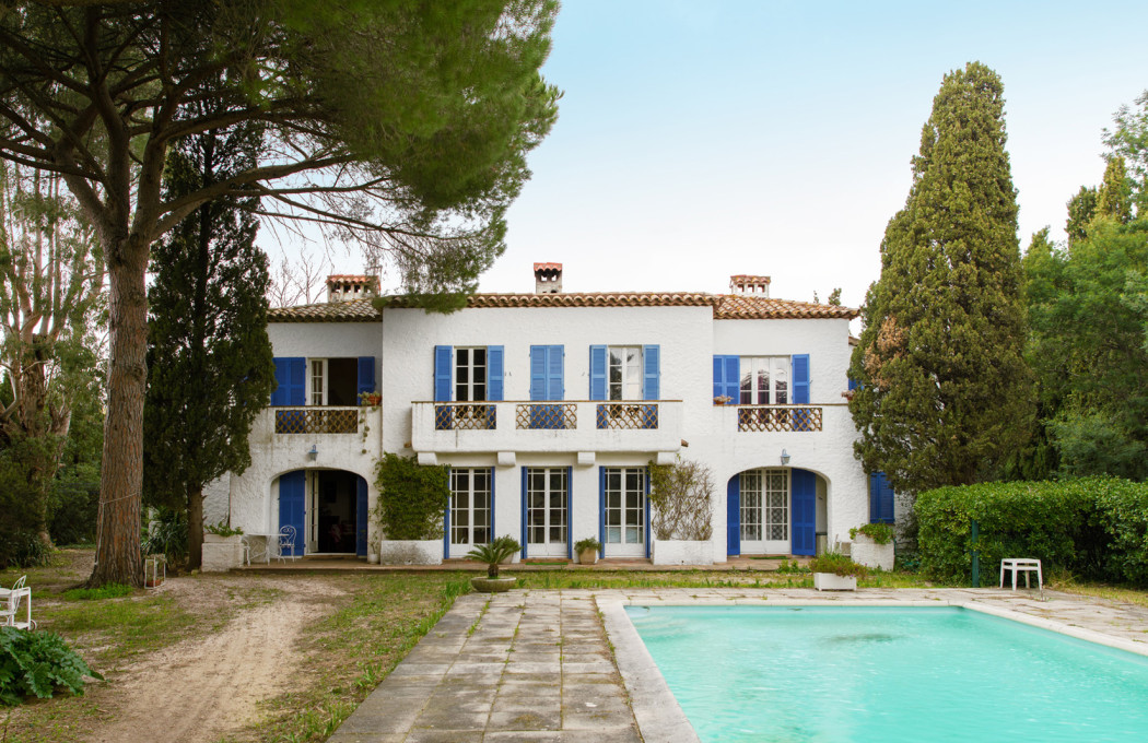 Property of the week: French actor Michel Constantin's villa on the St Tropez Gulf - The Spaces