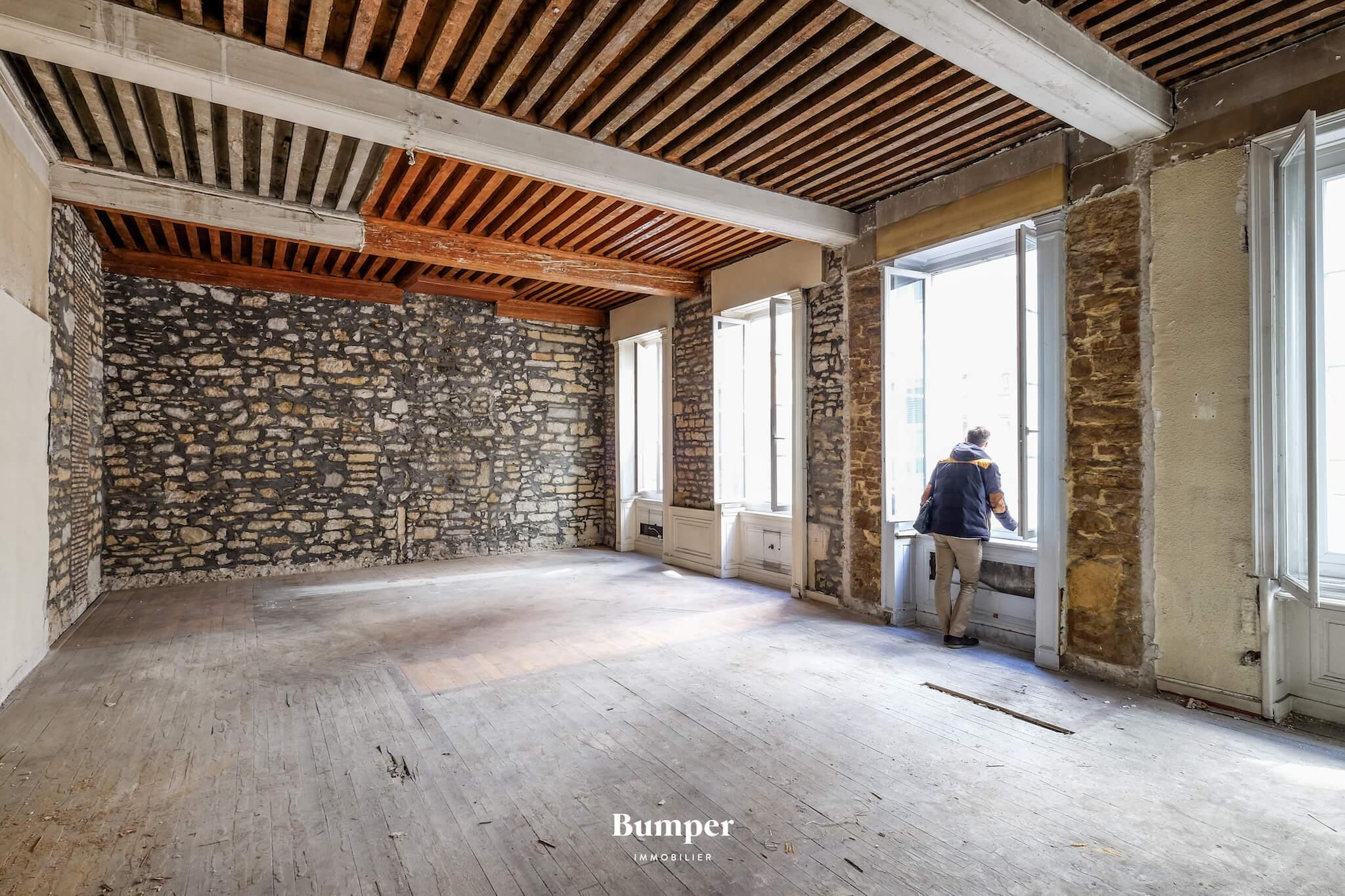 bumper-immobilier-investissement-appartement-bureau-lyon-france-rentabilite-achat-vente-plateau-renovation-architecte-travaux-1.jpg