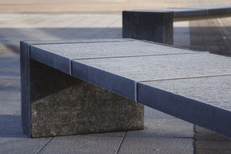 s66 bench with anti-skate bars