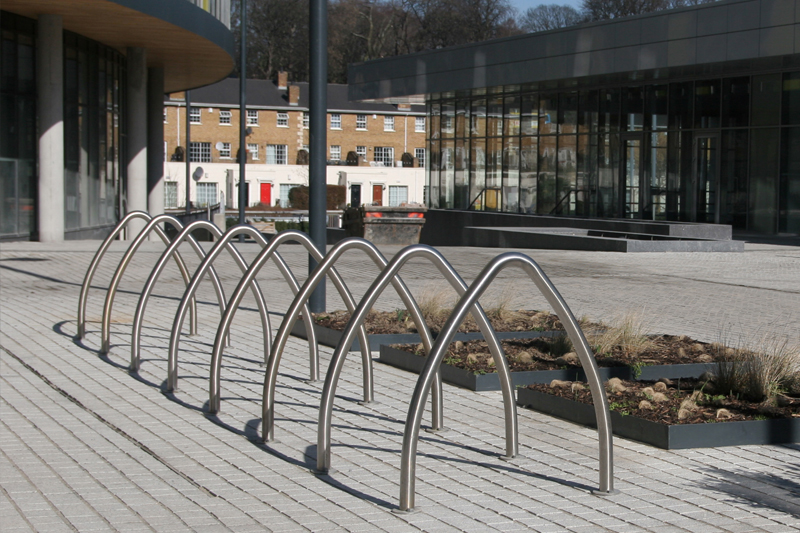 s69 cycle stand