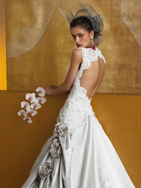 Sposa by St. Pucchi style Z195