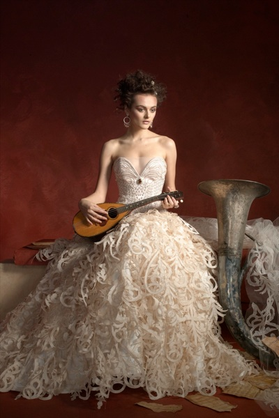 St. Pucchi Couture style 9298