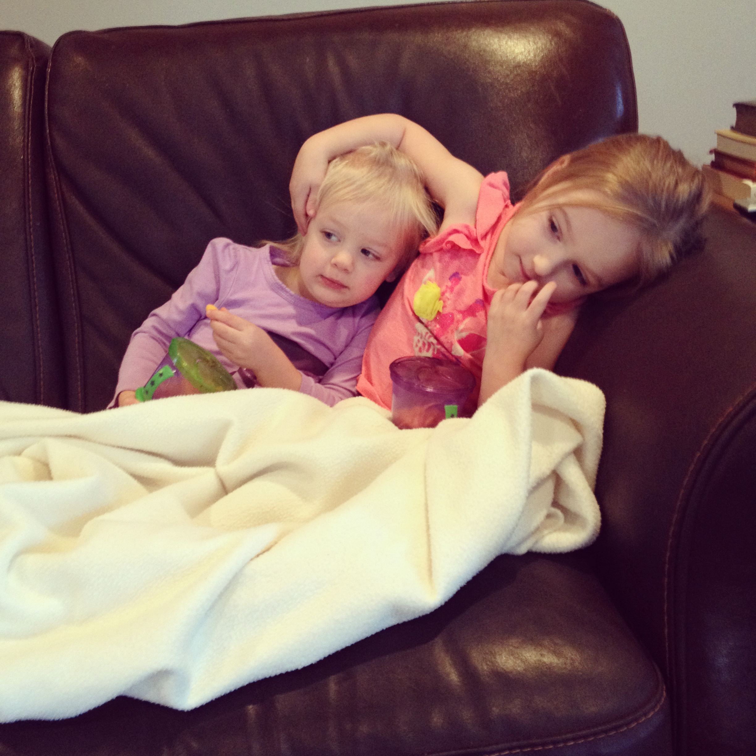 Liv instructing Eliza to rest. With her arm. Wonder where she gets that...
