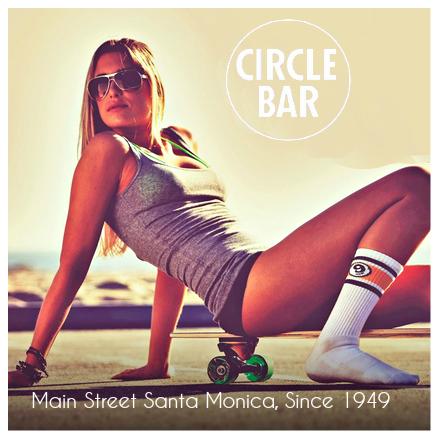 62a96d97ab7b968edf9819b19da2d189--vintage-skateboards-skateboard-girl.png