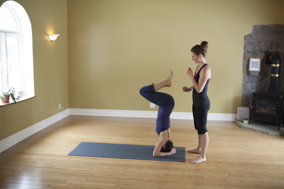 Eliot and Cathia Headstand Assistancce-123.jpg