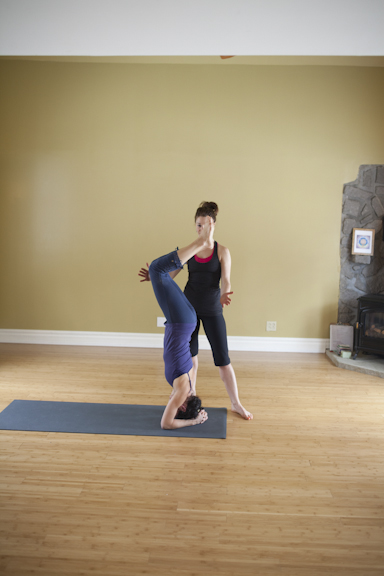 Eliot and Cathia Headstand Assistancce-126.jpg
