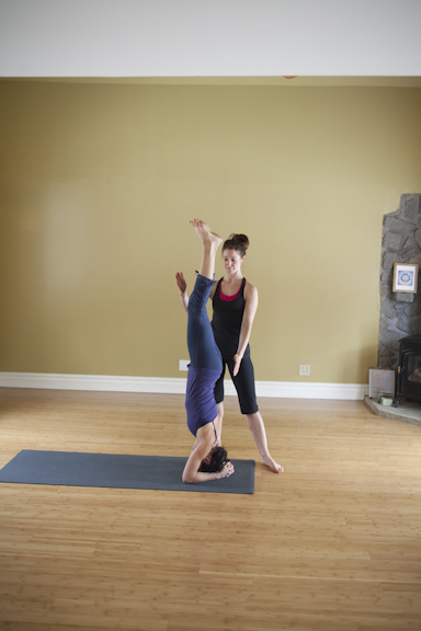 Eliot and Cathia Headstand Assistancce-127.jpg