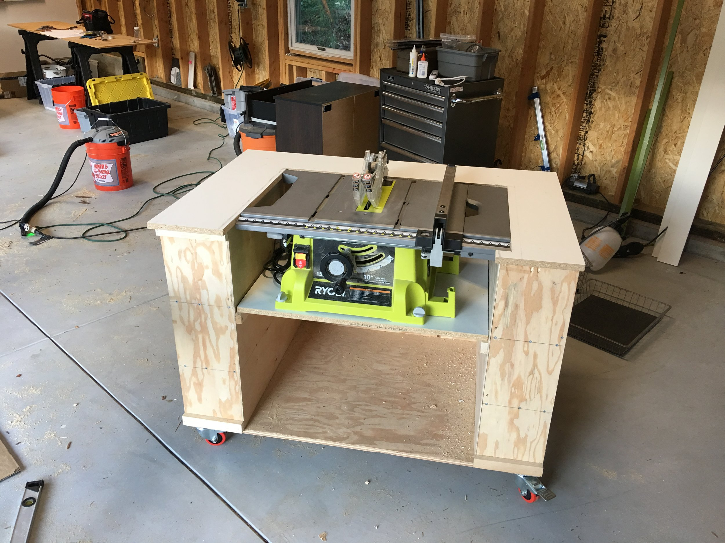 Test fit of the table saw.
