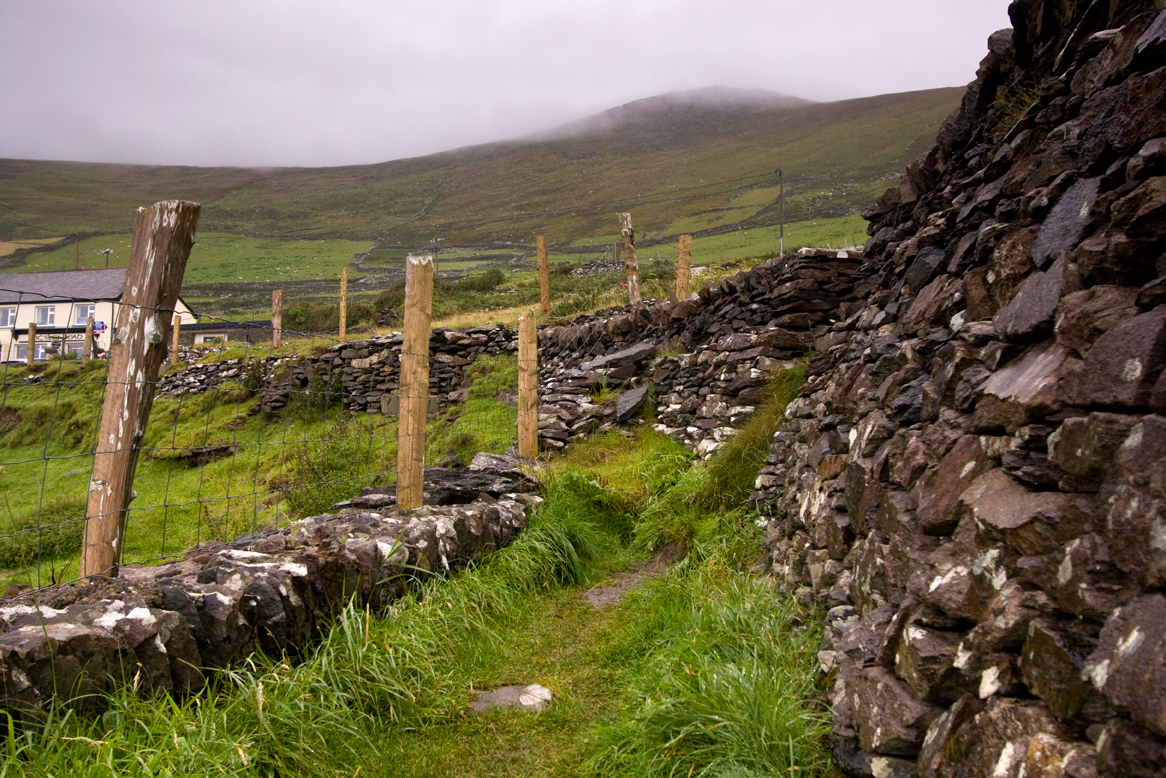 rock-walls,-Dingle-Coast.jpg