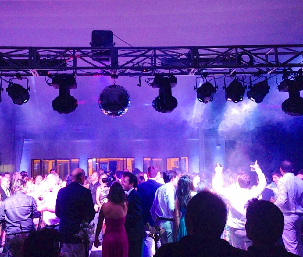 Iluminación pista de Baile Agez música en vivo santiago de Chile