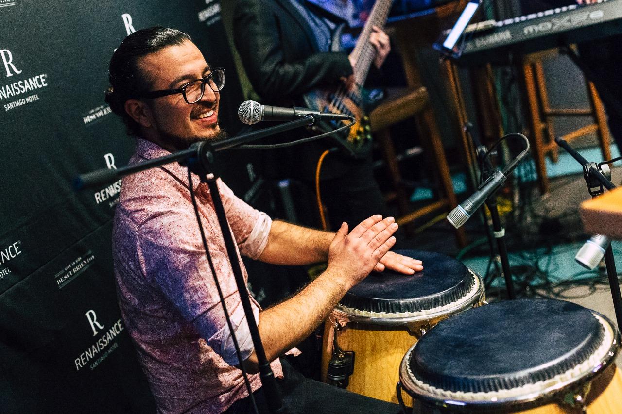 músicos para eventos chile música en vivo cantantes instrumentos