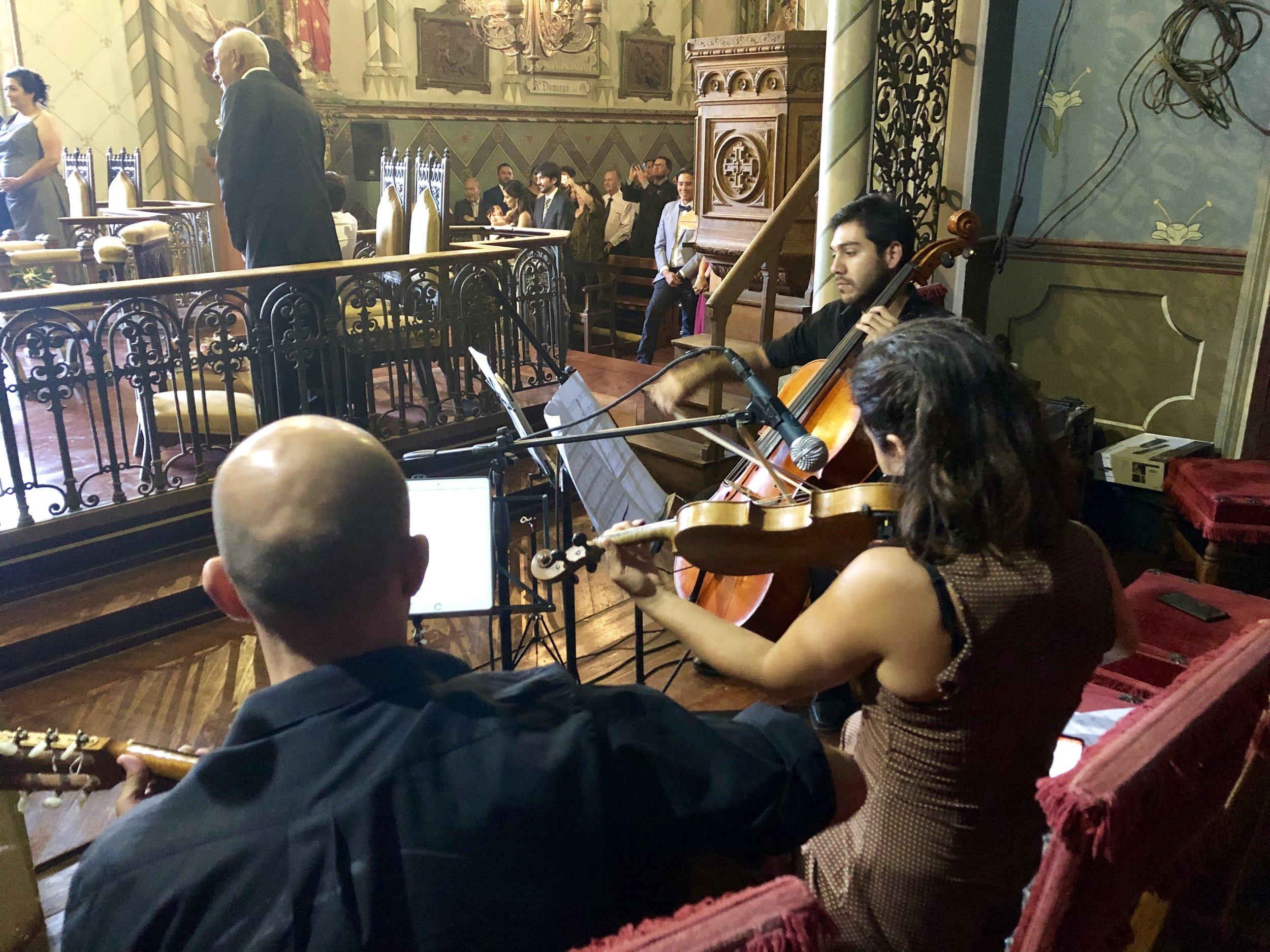 Coro y musica para ceremonia de matrimonio Agez Chile
