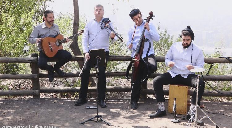 Musicos para matrimonios y eventos Agez Chile