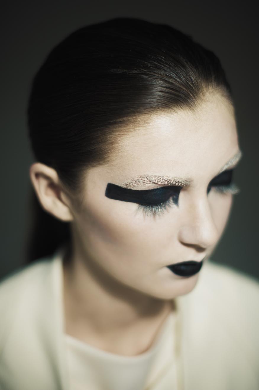 Maria-Lee-Makeup-Hair-AA-eyes-closed.jpg