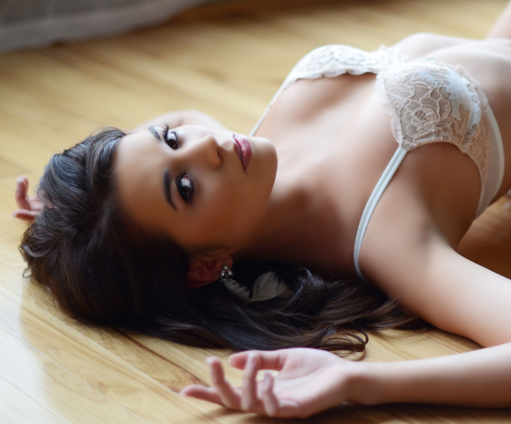 maria-lee-makeup-hair-boudoir-ashley1.JPG