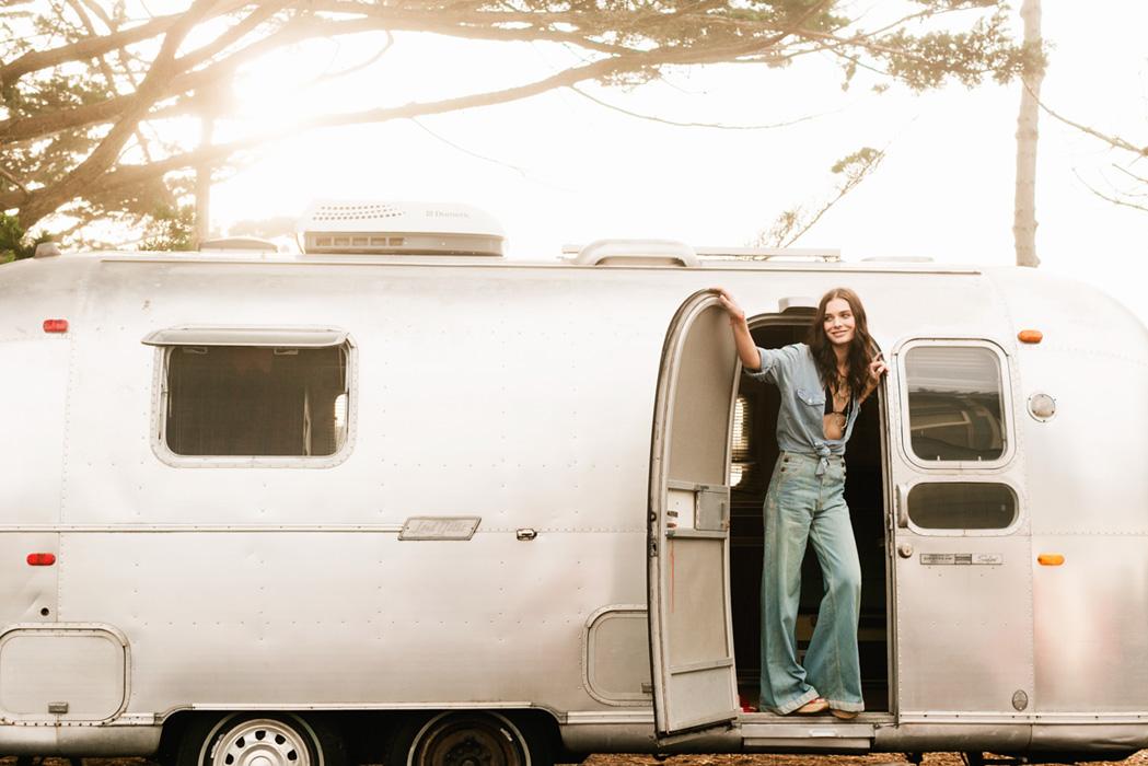 maria-lee-makeup-hair-kris-nations-spring-2106-sterling-trailer.jpg