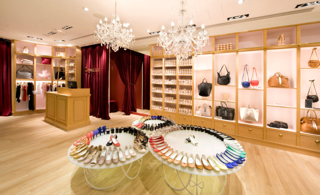 Bluebell/Repetto, Singapore