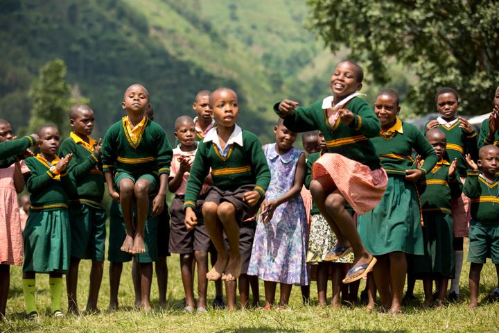 professional-photography, orlando-travel-photographer, uganda, the-people-of-uganda, pygmies, medicine-man, bwindi-national-park, www.dynamitestudioinc.com-17.jpg