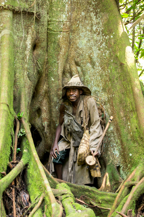 professional-photography, orlando-travel-photographer, uganda, the-people-of-uganda, pygmies, medicine-man, bwindi-national-park, www.dynamitestudioinc.com-24.jpg