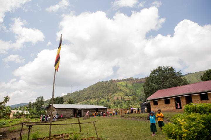professional-photography, orlando-travel-photographer, uganda, the-people-of-uganda, pygmies, medicine-man, bwindi-national-park, www.dynamitestudioinc.com-35.jpg