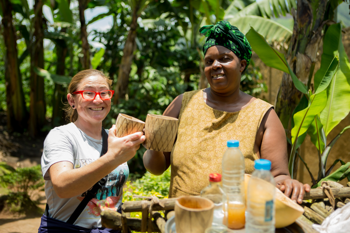 professional-photography, orlando-travel-photographer, uganda, the-people-of-uganda, pygmies, medicine-man, bwindi-national-park, www.dynamitestudioinc.com-42.jpg