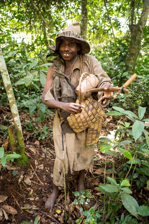 professional-photography, orlando-travel-photographer, uganda, the-people-of-uganda, pygmies, medicine-man, bwindi-national-park, www.dynamitestudioinc.com-44.jpg
