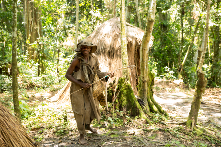 professional-photography, orlando-travel-photographer, uganda, the-people-of-uganda, pygmies, medicine-man, bwindi-national-park, www.dynamitestudioinc.com-45.jpg