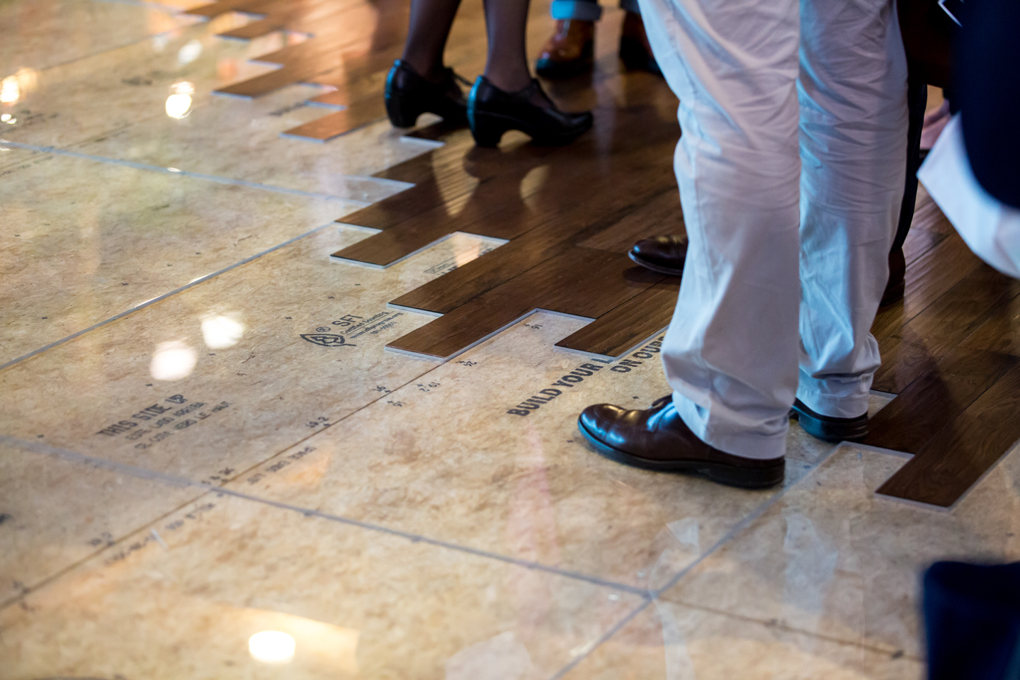 www.dynamitestudioinc.com-orlando-professional-photographer-expo-event-photography-47-exhibit-flooring.jpg