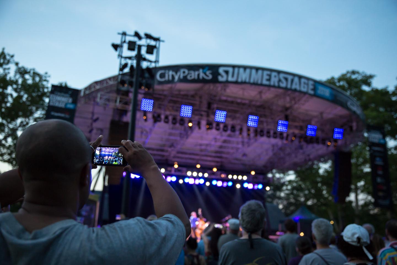 www.dynamitestudioinc.com-rhiannon-gibbons-sonny-little-new-york-central-park-concert-33.jpg
