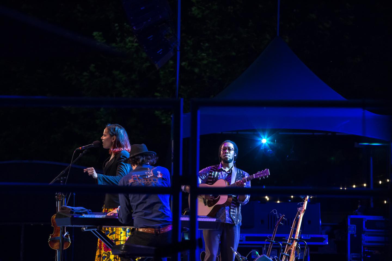 www.dynamitestudioinc.com-rhiannon-gibbons-sonny-little-new-york-central-park-concert-35.jpg