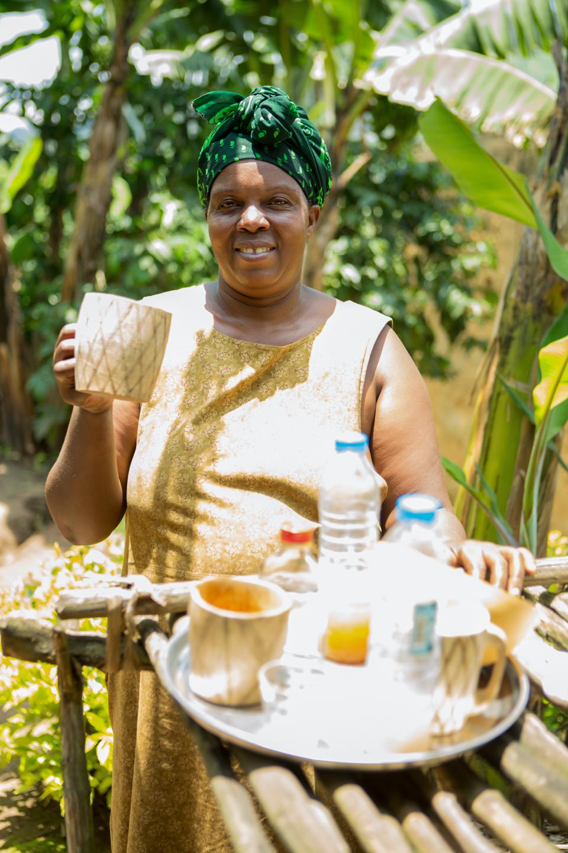 professional-travel-photographer-worldwide-international-orlando-banana-rum-36.jpg