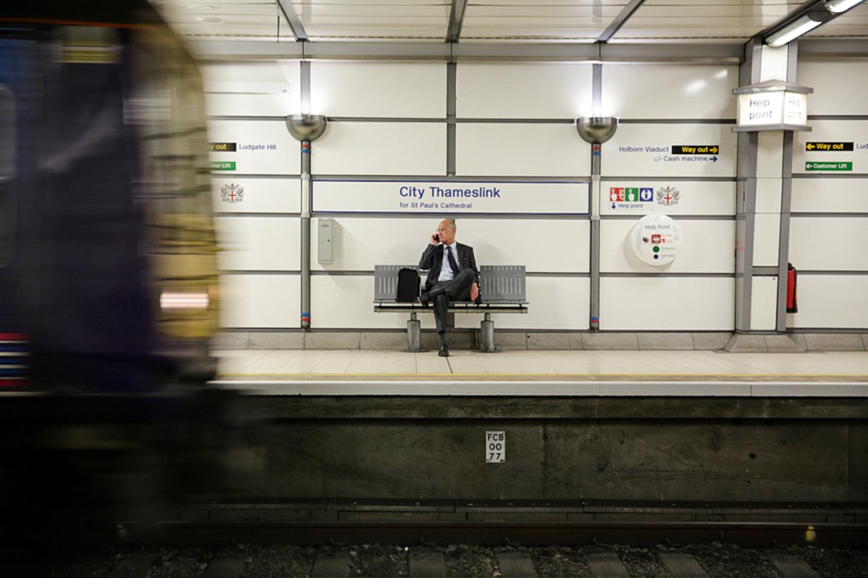 professional-travel-photographer-worldwide-international-orlando-mind-the-gap-subway-underground-16.jpg