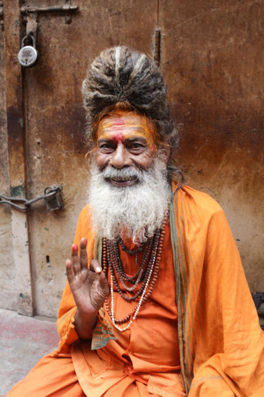 professional-travel-photographer-worldwide-international-orlando-portrait-indian-india-varanasi-sacred-22.jpg